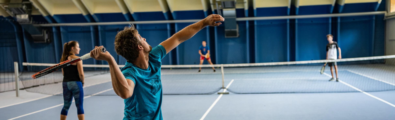 Indoor Tennis in the arl.rock sports centre